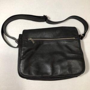 COVINGTON Black Genuine Leather Messenger Bag